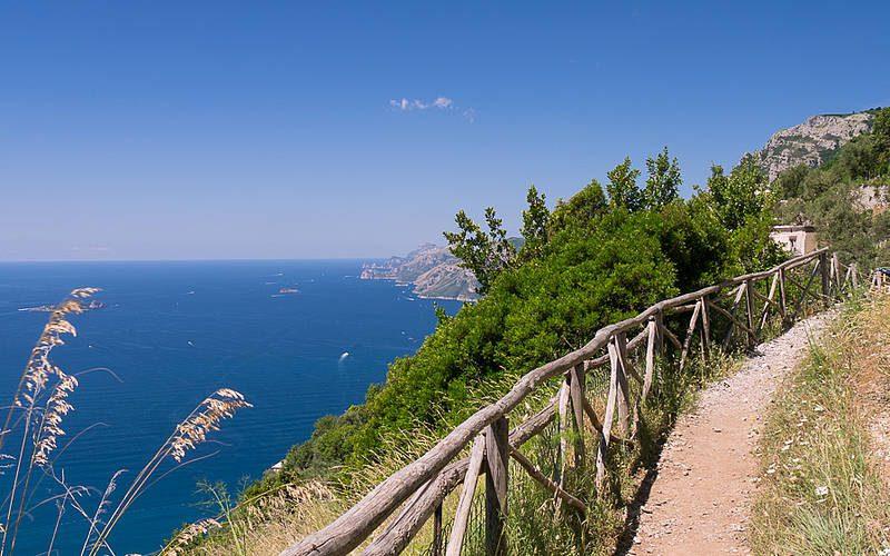 Il Sentiero degli Dei, la guida. Da Agerola a Nocelle passeggiando sul paradiso.